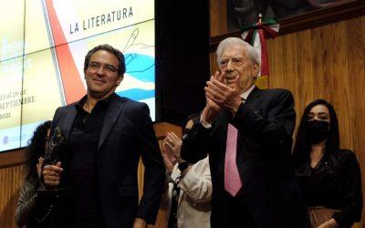 Juan Gabriel Vásquez gana bienal de novela